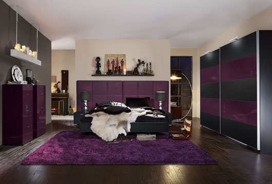 schlafzimmer modern lila schwarz. Black Bedroom Furniture Sets. Home Design Ideas