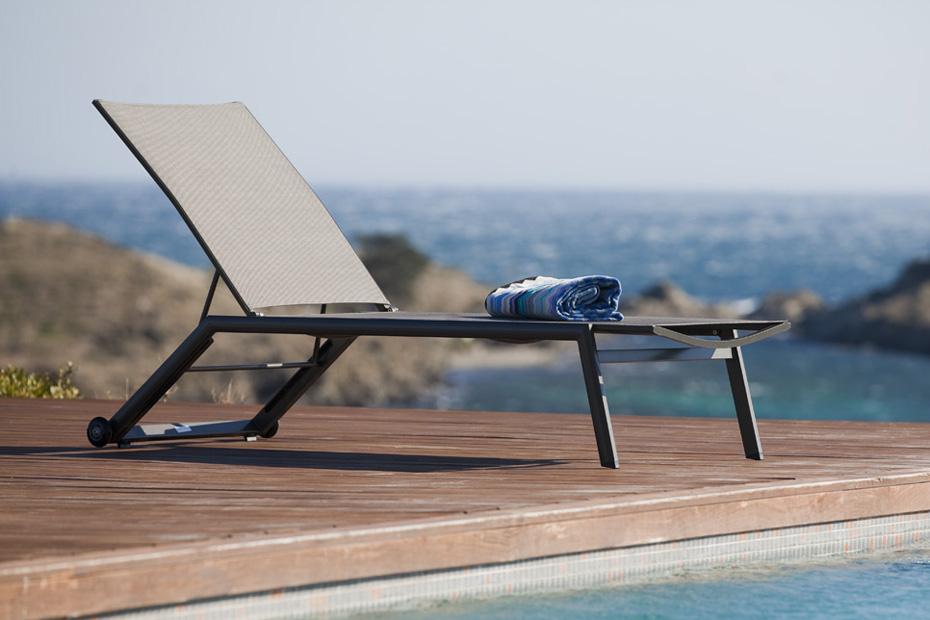 Ligzetel hydra meubelen tilt de keizer - Eigentijdse patio meubels ...