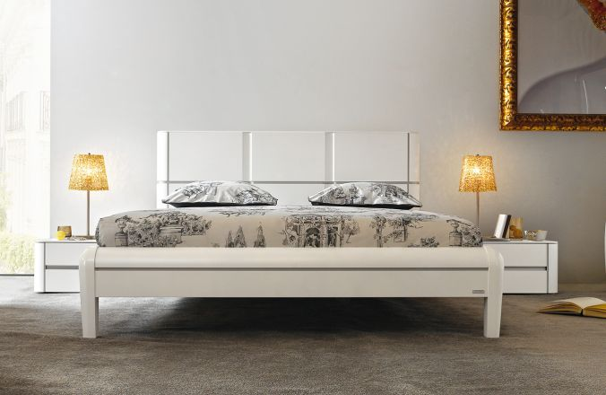 Bedkader nachttafels dovea topkwaliteit meubelen tilt de keizer - Chocolade nachtkastje ...