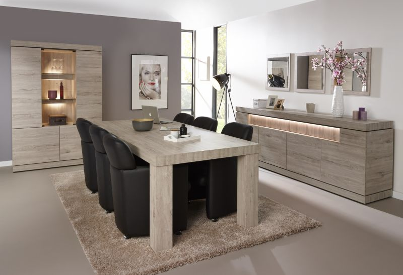 Eetkamer etna meubelen tilt de keizer - Moderne eetkamer ...