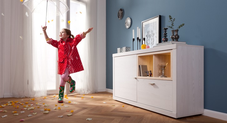 modern eetkamerprogramma tio you lariks eik meubelen de keizer tilt. Black Bedroom Furniture Sets. Home Design Ideas